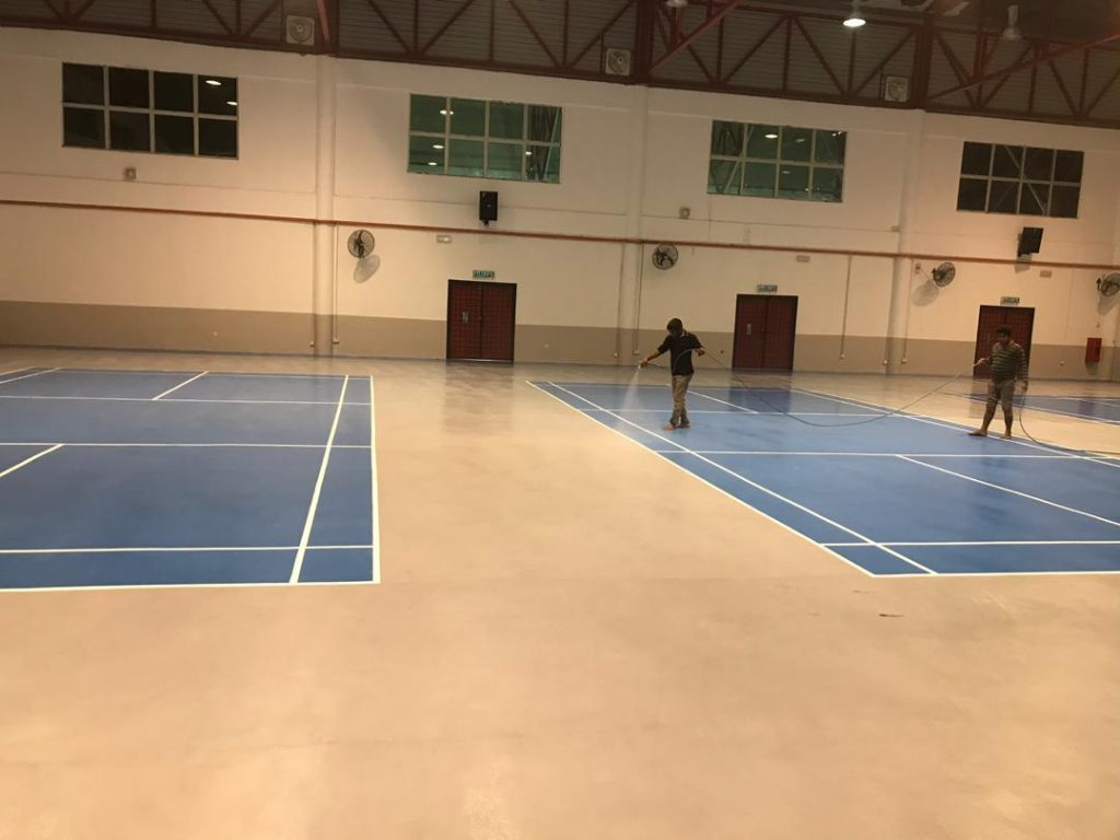 UNISEL - Dri-Floor AC 288 Sports Floor - Application Spray